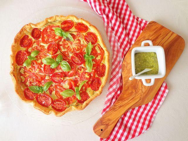 Quiche z pomidorami, pesto i ricottą