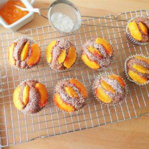 Przepis na muffiny z brzoskwiniami