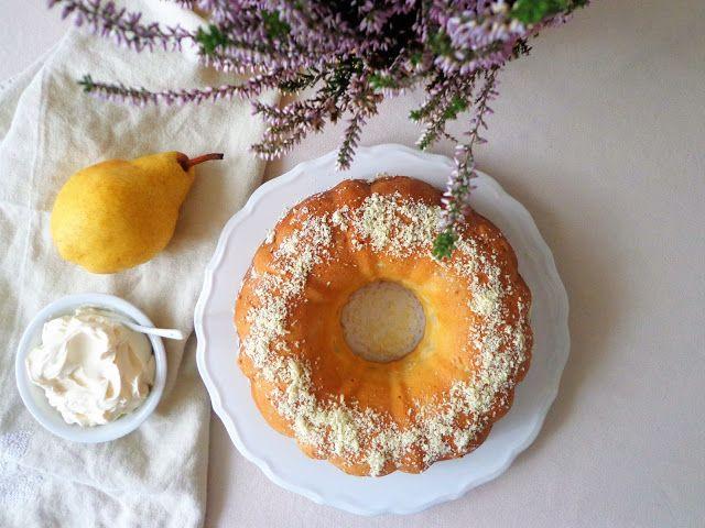 Ciasto gruszkowe z białą czekoladą