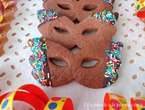Kakaowe maseczki karnawałowe