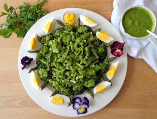 Wiosenna sałatka z warzywami