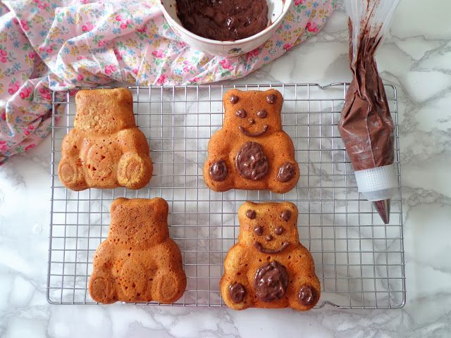 Misie z ciasta marchewkowego