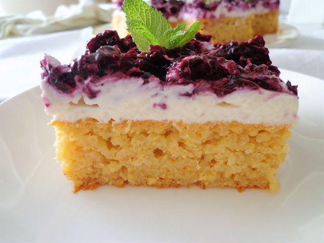 Jaglane ciasto z owocami i kremem