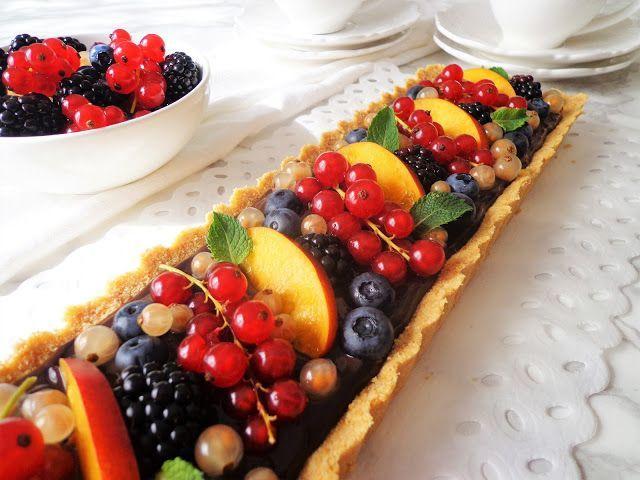 Tarta bez pieczenia z owocami
