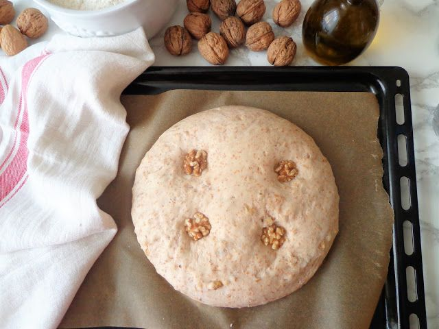 Ciasto na chleb z orzechami