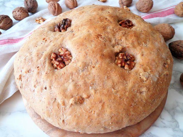 Przepis na chleb z orzechami