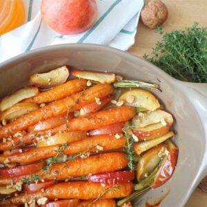 Pieczone marchewki i jabłka
