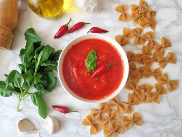 Sos pomidorowy peperoncino