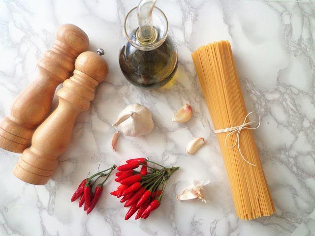 Przepis na spaghetti aglio, olio e peperoncino