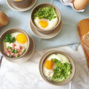 Zapiekane jajka z groszkiem