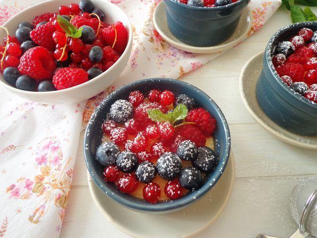 Bezglutenowe mini serniczki z jogurtem greckim