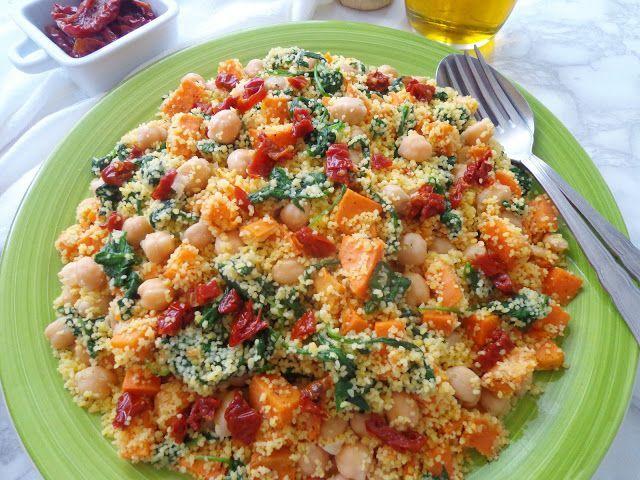 Kuskus ze słodkimi ziemniakami i suszonymi pomidorami