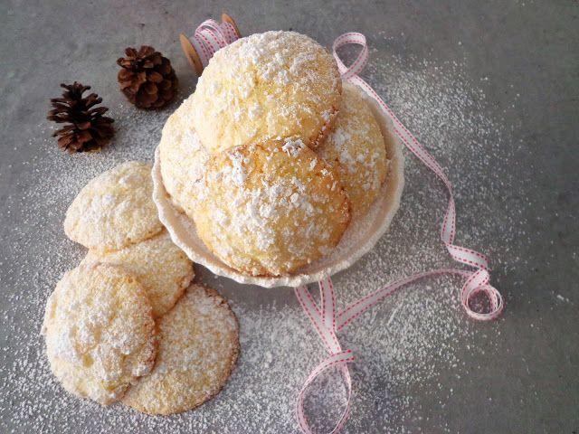 Przepis na popękane ciasteczka migdałowe