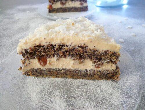 Tort makowy z kremem budyniowym