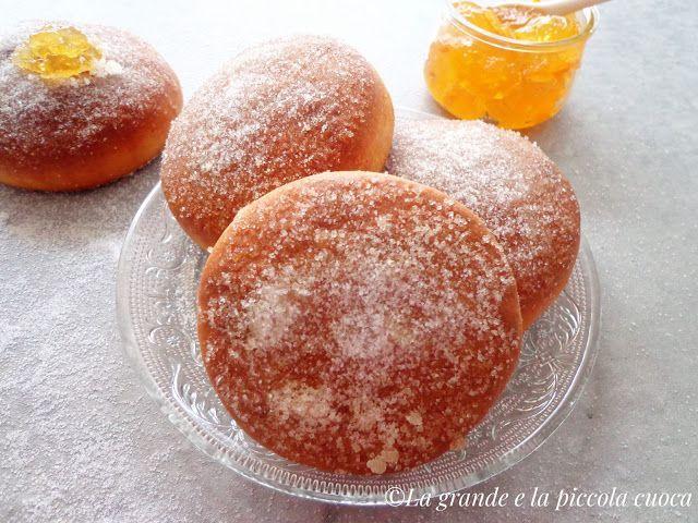 Pieczone pączki z marmoladą pomarańczową