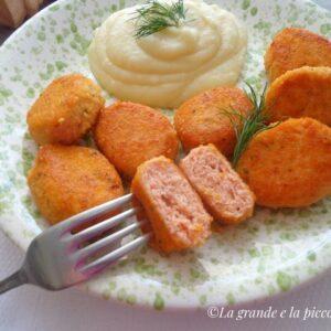 Pulpeciki z łososia i ziemniaków