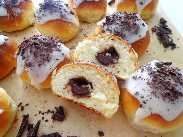 Słodkie bułeczki z czekoladą