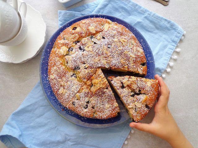 Ciasto z borówkami i jogurtem