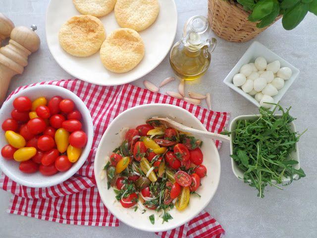 Marynowane pomidorki z ziołami