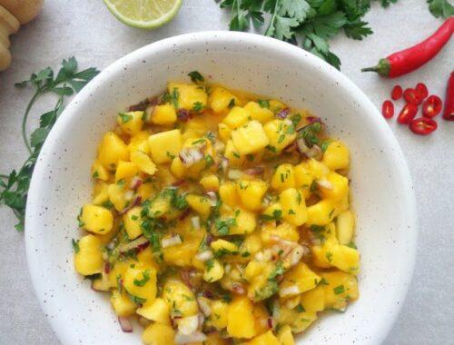 Salsa mango z czerwoną cebulą