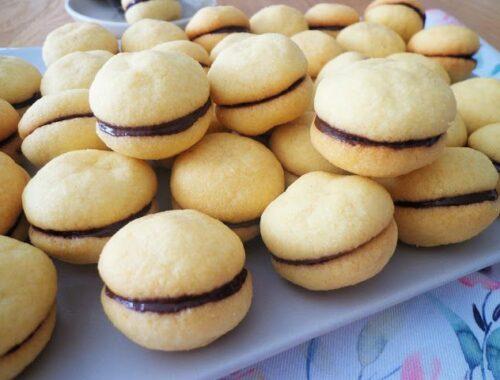 Baci di dama włoskie ciasteczka