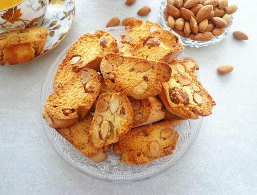 Cantucci włoskie ciasteczka z migdałami