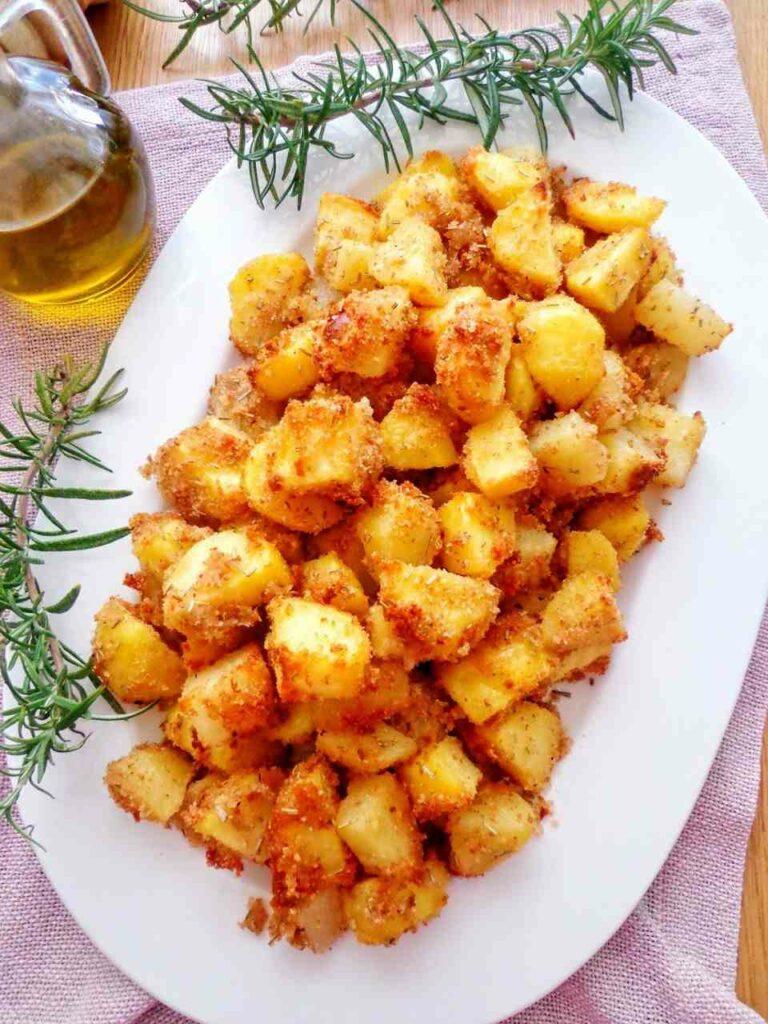 Przepis na pieczone ziemniaki w panierce
