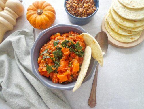 Potrawka z dynią, soczewicą i jarmużem