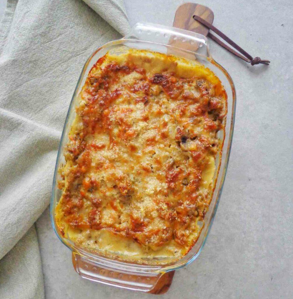Lasagne z sosem mięsnym z grzybami