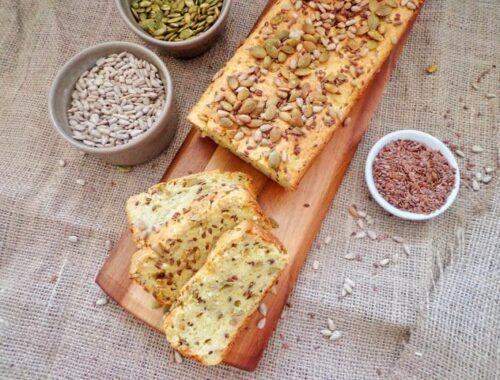 Chleb z ziemniakami i ziarnami