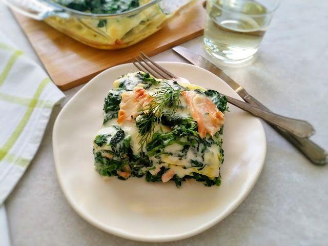 Lasagne ze szpinakiem, beszamelem i wędzonym łososiem
