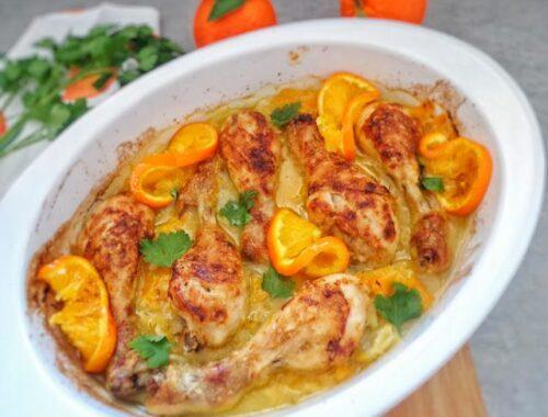 Pieczone pałki kurczaka w pomarańczach