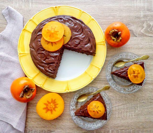 Ciasto z owocami kaki i czekolada