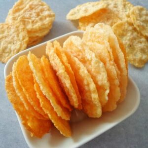 Parmezanowe chipsy