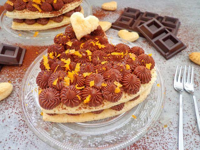 Serce z ciasta francuskiego z pomarańczami i czekolada