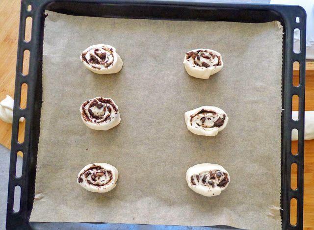Drożdżowe ślimaczki z czekolada