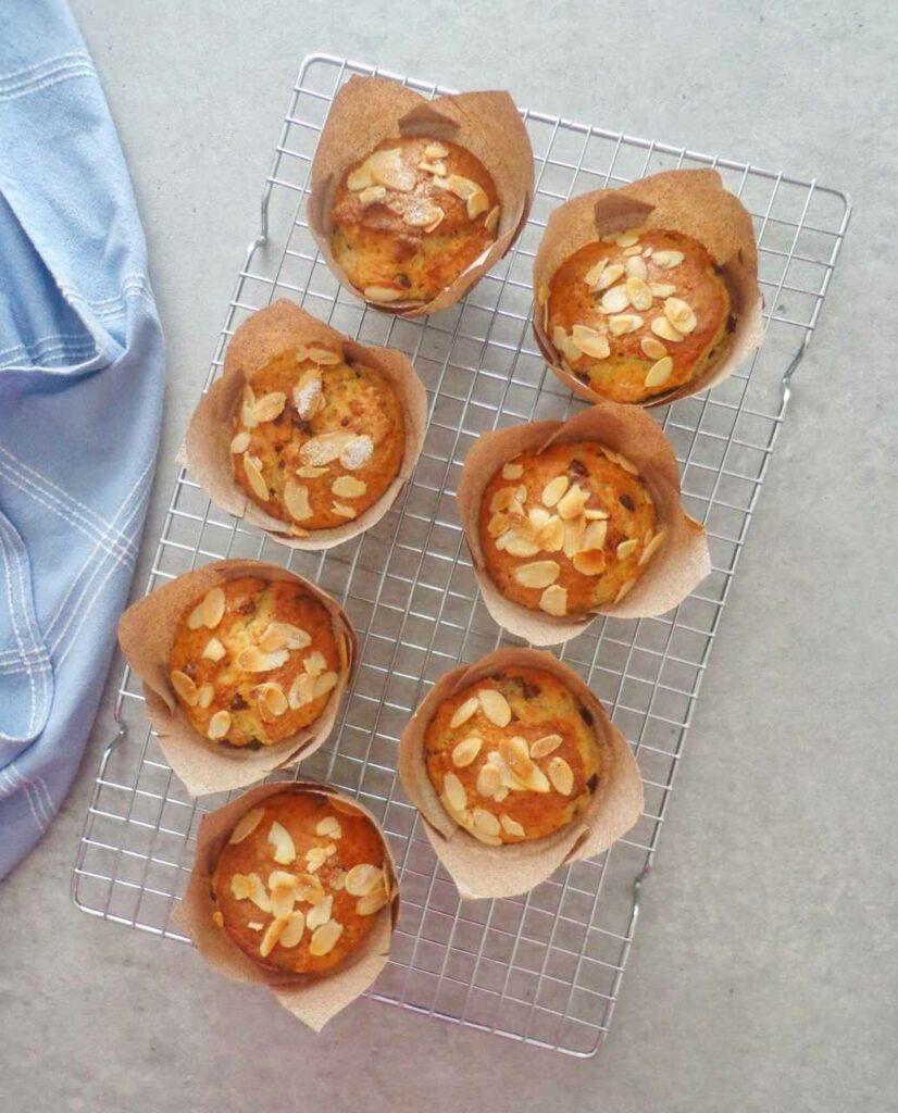 Muffiny z bananami i czekoladą bez jajek