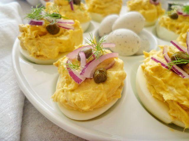 Jajka faszerowane pastą rybna