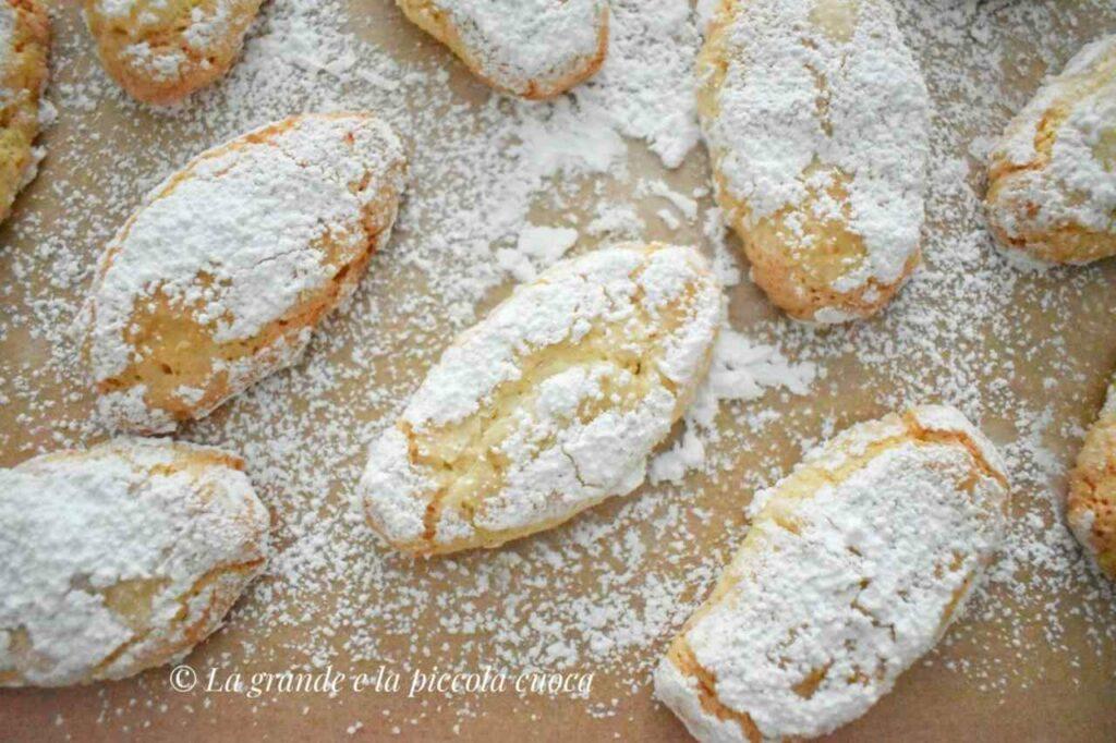 Włoskie ciasteczka marcepanowe