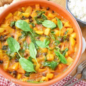 Curry z dynią, ziemniakami i jabłkami