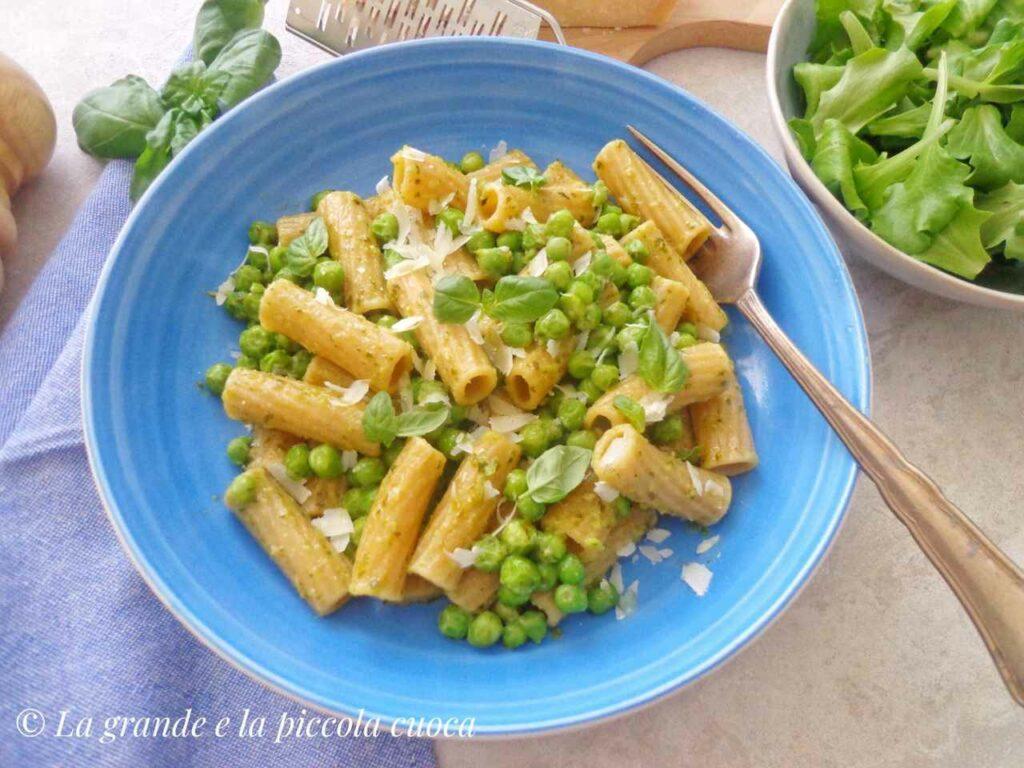 Przepis na makaron z ziołowym pesto