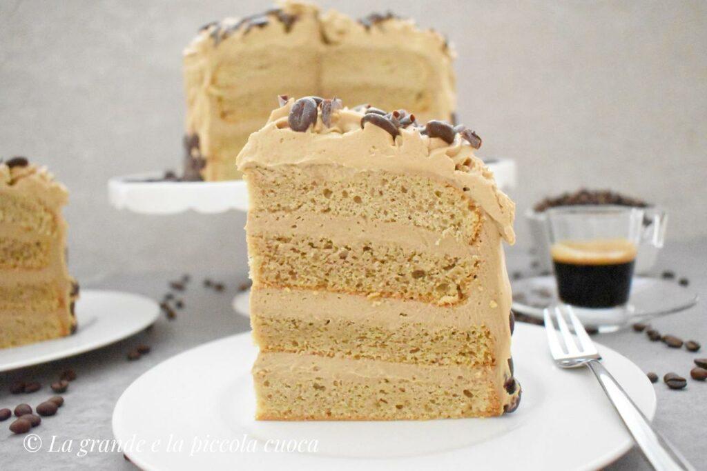 Tort kawowy z kremem budyniowym i mascarpone