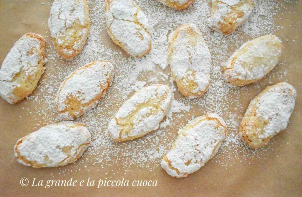 Ciasteczka ricciarelli z marcepanem