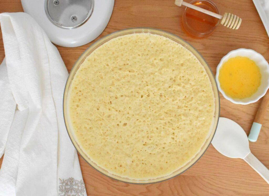 Przepis na ciasto na słodkie bułeczki