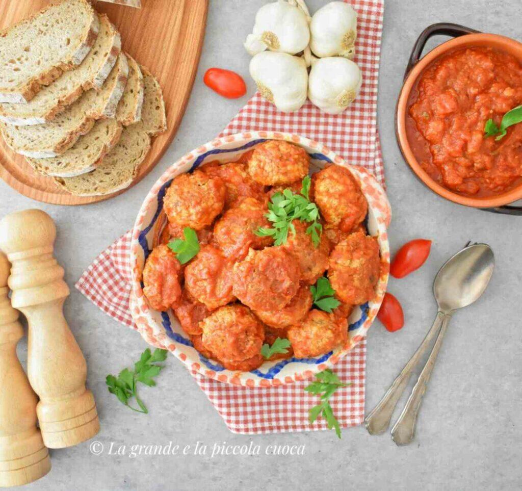 Przepis na mięsne pulpeciki z bakłażanem