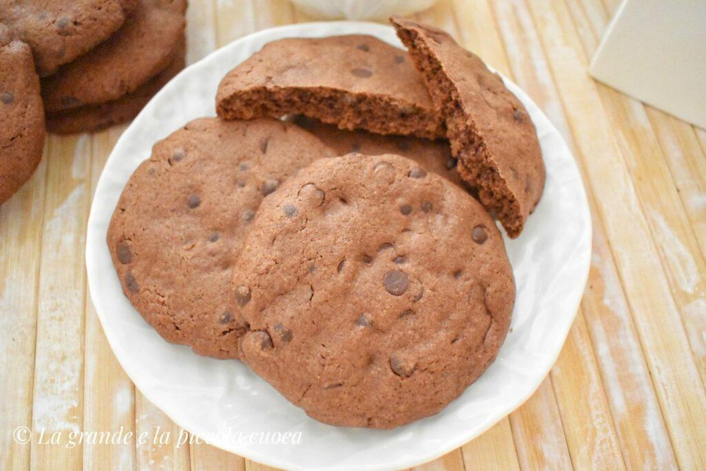 Ciasteczka razowe z czekolada