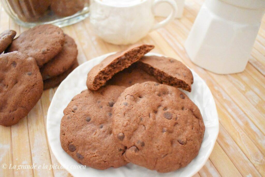 Razowe ciasteczka czekoladowe