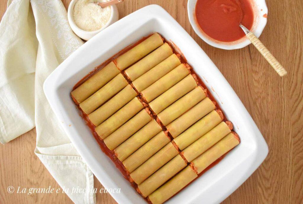 Zapiekane cannelloni z sosem pomidorowym