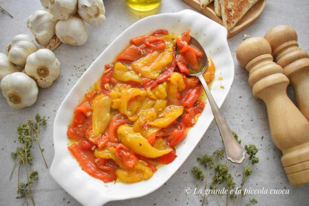 Papryka marynowana w czosnku i ziolach