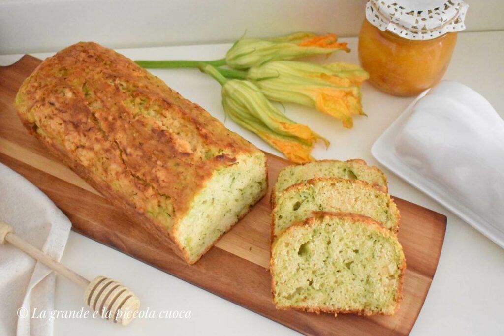 Chlebek z cukinia i cytryna